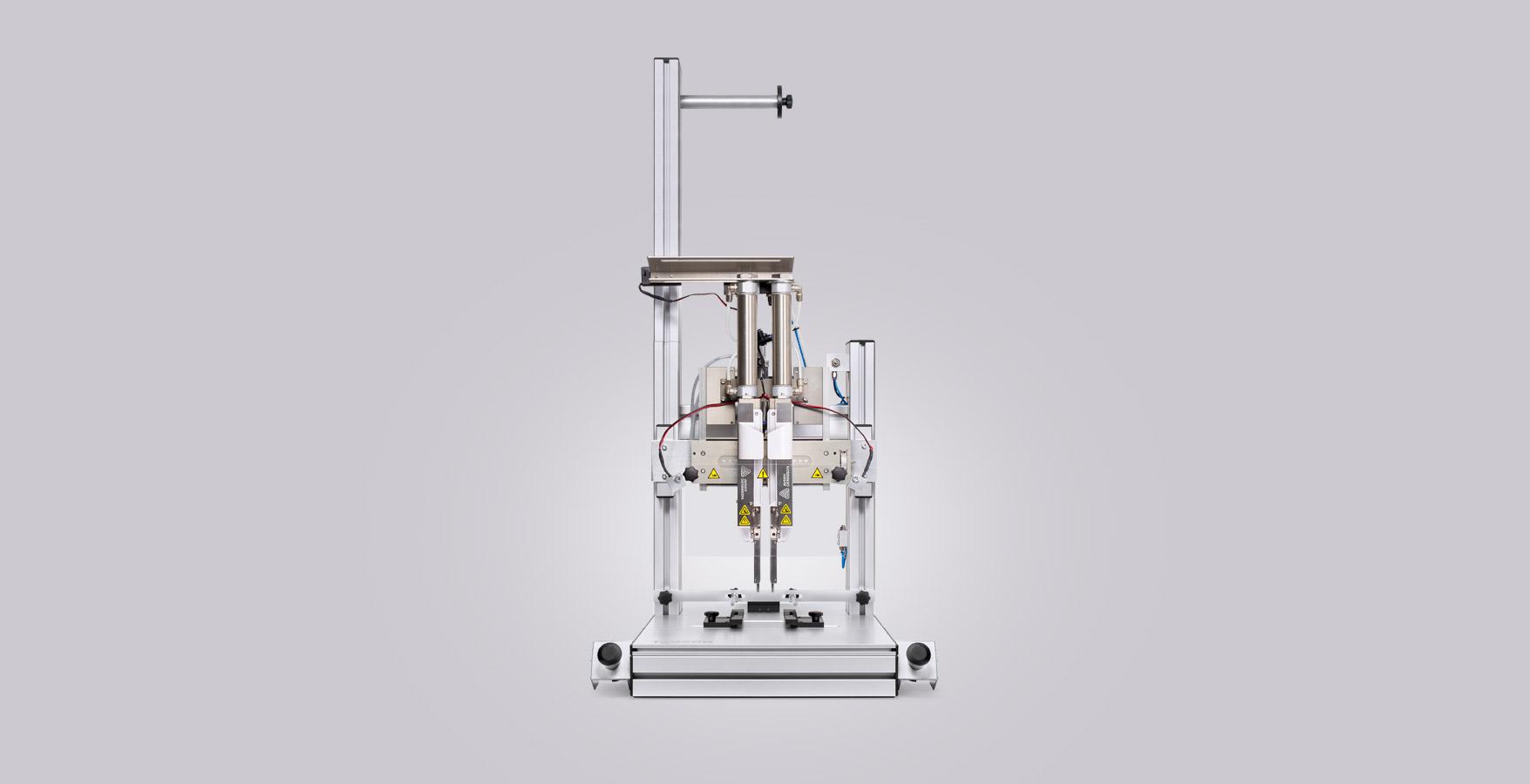 tagson-packaging machine